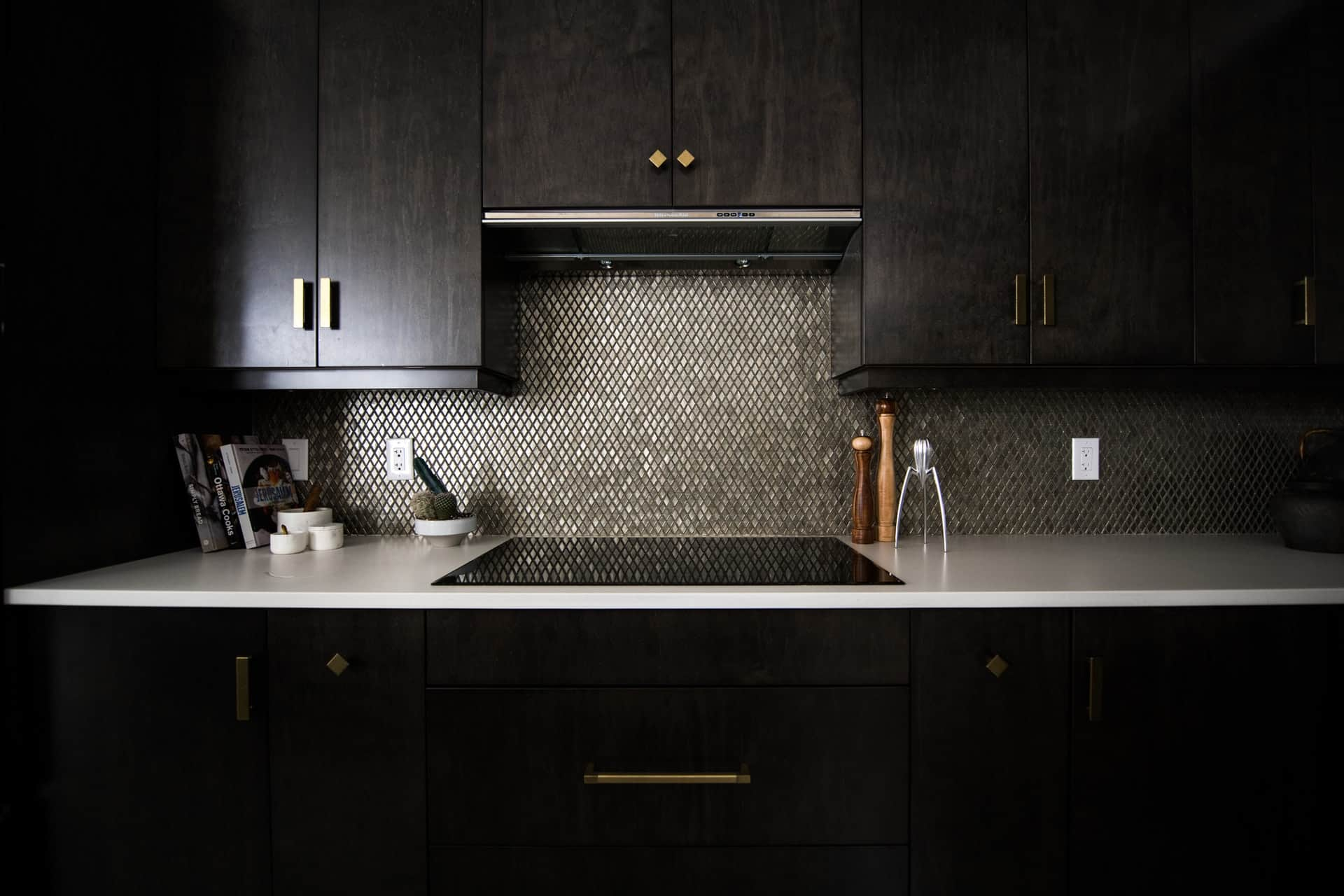 Black Beauty Peninsula kitchen peninsula ideas