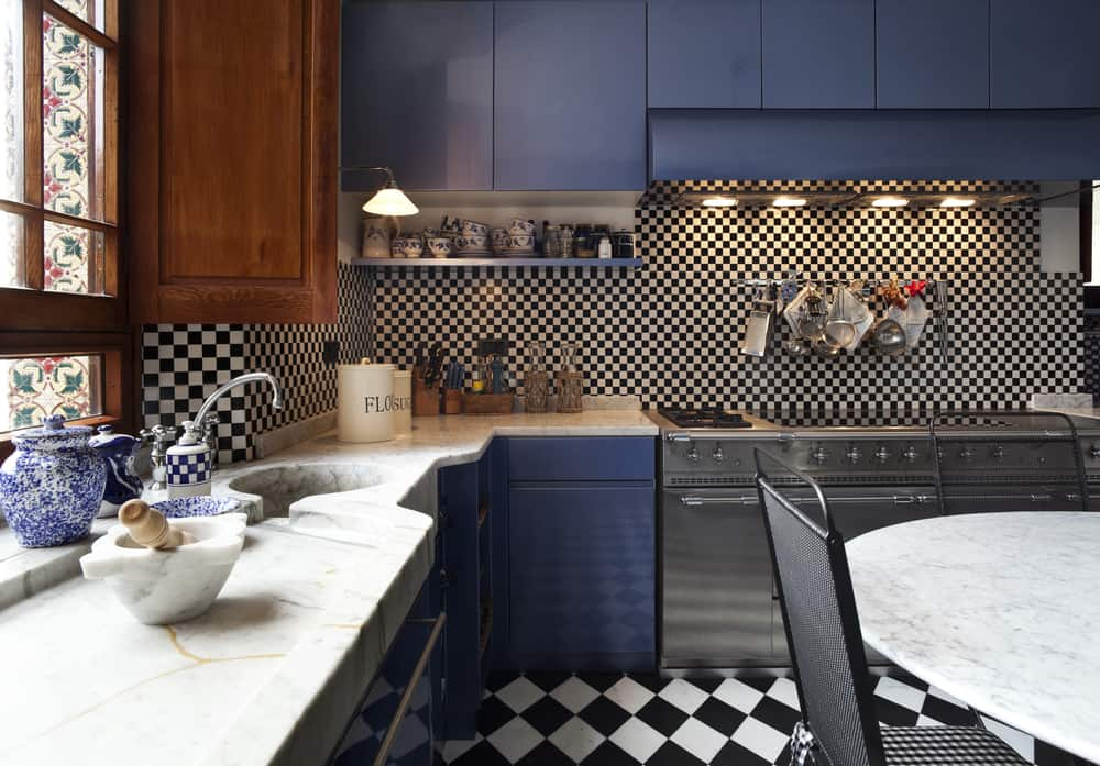 Checkerboard Floor kitchen makeover ideas