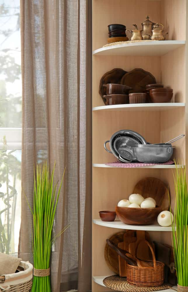 Curved Shelving kitchen corner ideas