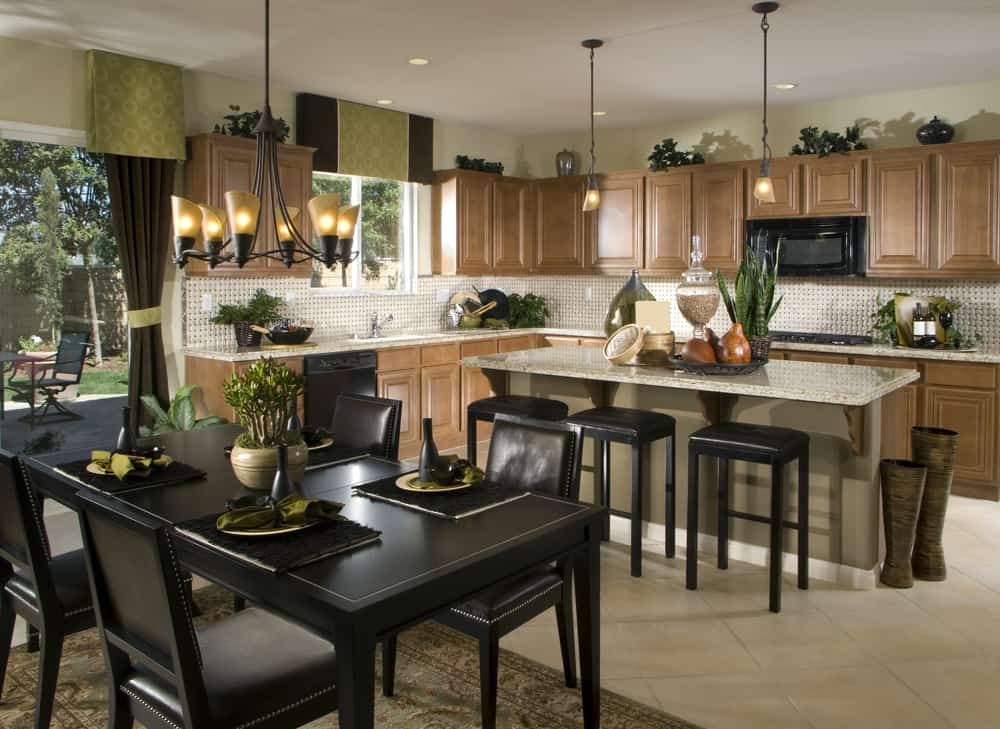 Earth Tones on a Traditional Kitchen kitchen wallpaper ideas