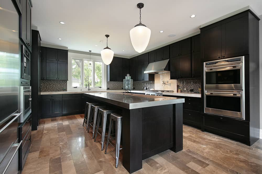 Floor to Ceiling Black kitchen cabinet ideas