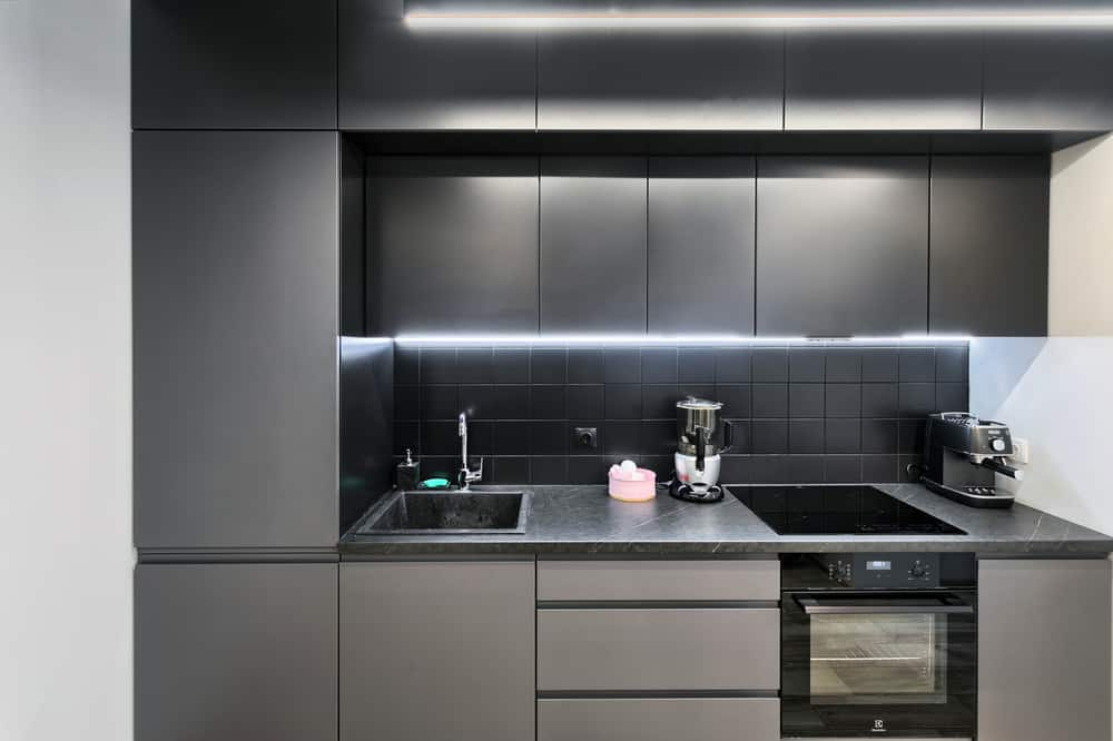 Gray and Black kitchen cabinet ideas