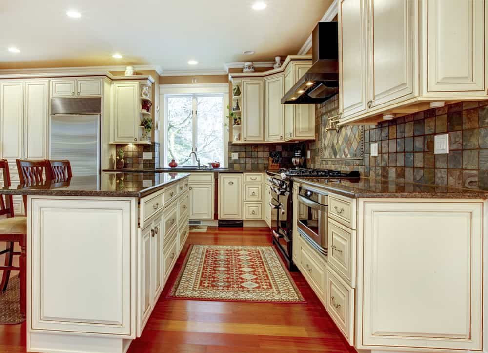 Keep It Traditional kitchen cabinet ideas