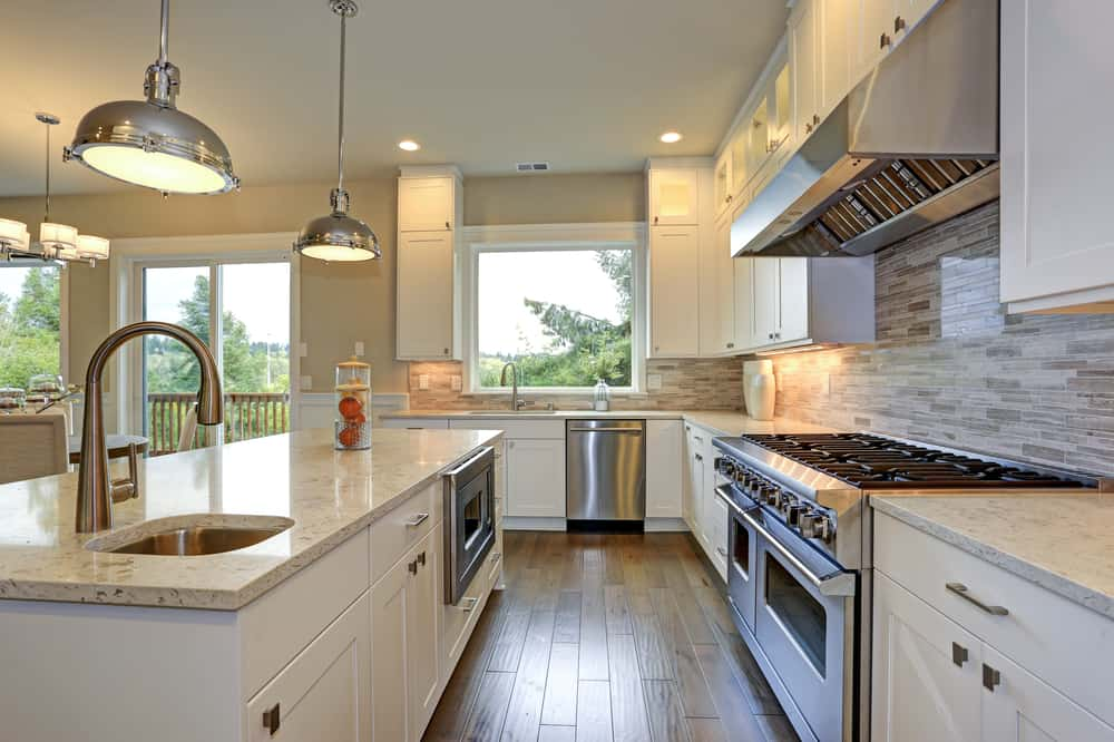 Make Use of Pendant Lights kitchen peninsula ideas