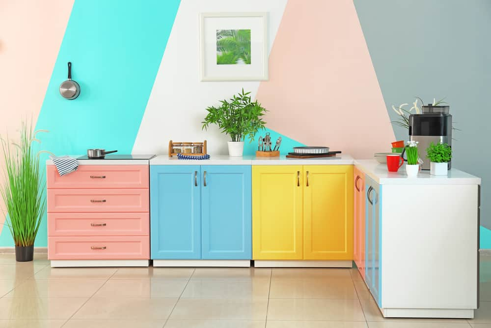 Matching Accents painted kitchen cabinets ideas