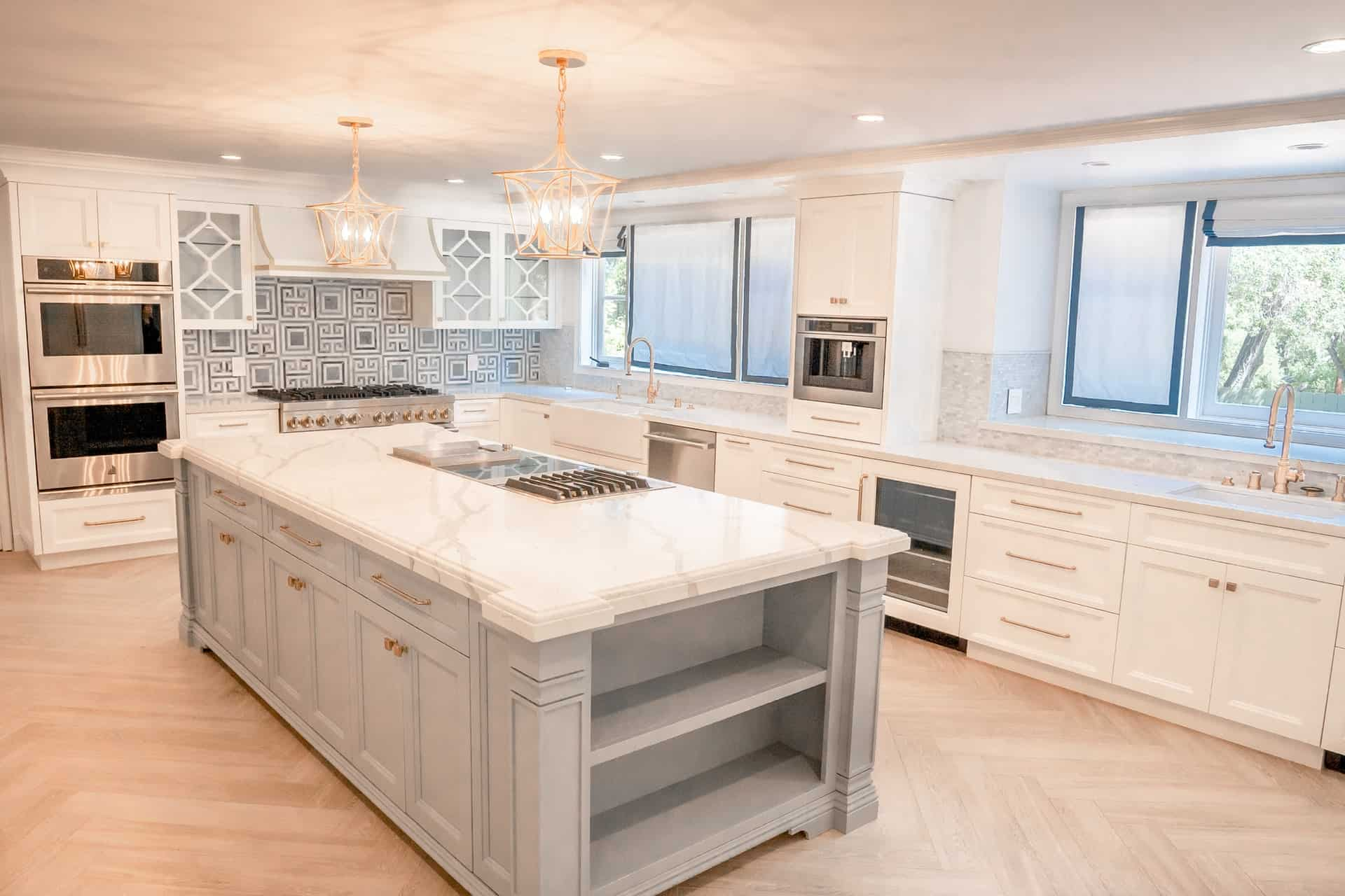 White and Gray Palette kitchen cabinet ideas