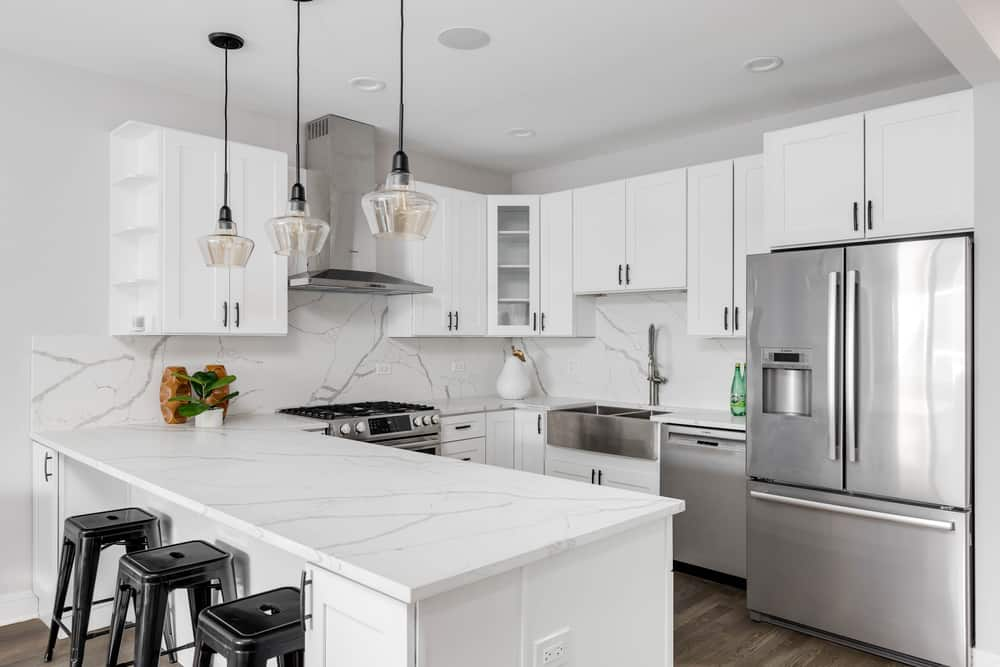 White with Black Details monochrome kitchen ideas