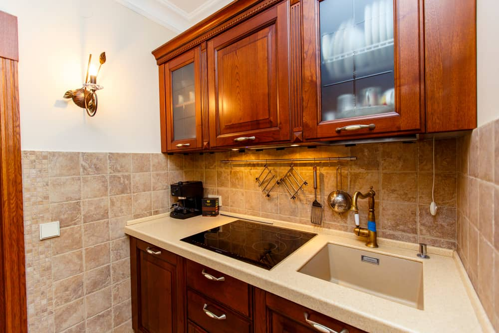 Classic Maple Cabinets tiny house kitchen ideas
