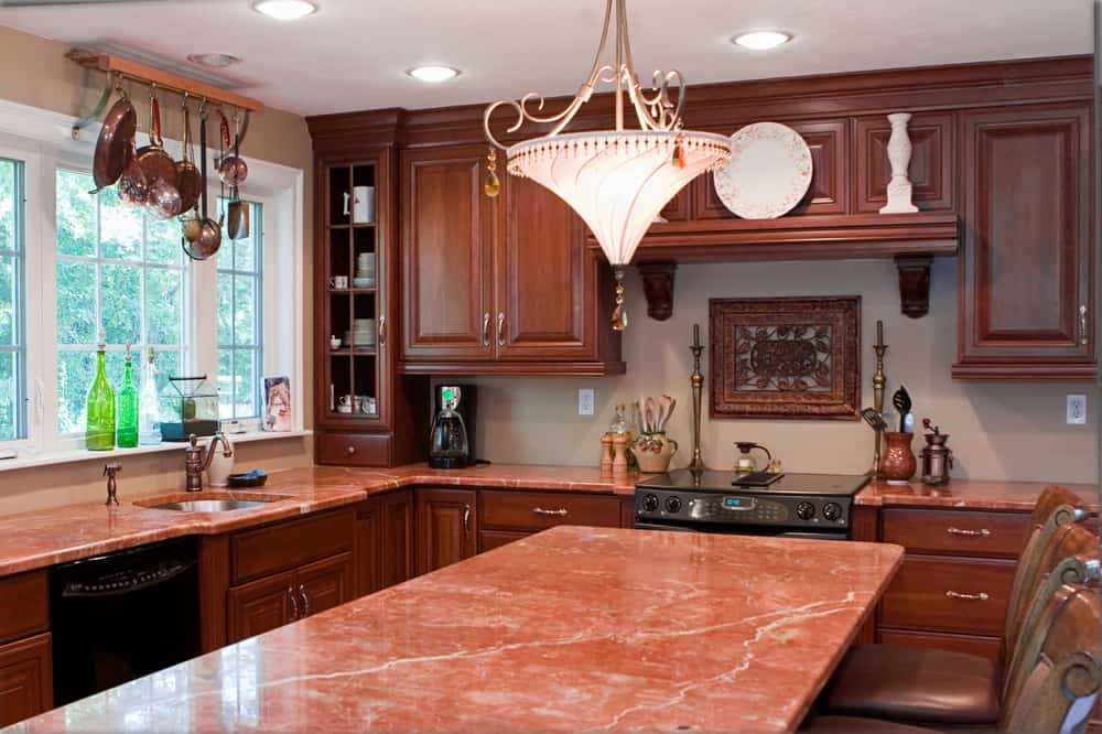Rojo Levantina kitchen countertop design ideas