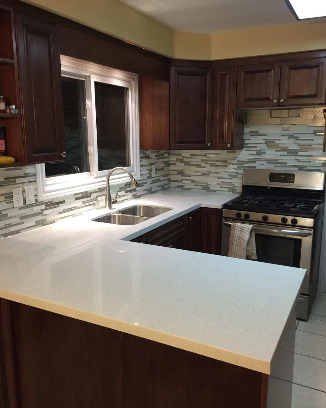 Solid Surface kitchen countertop material