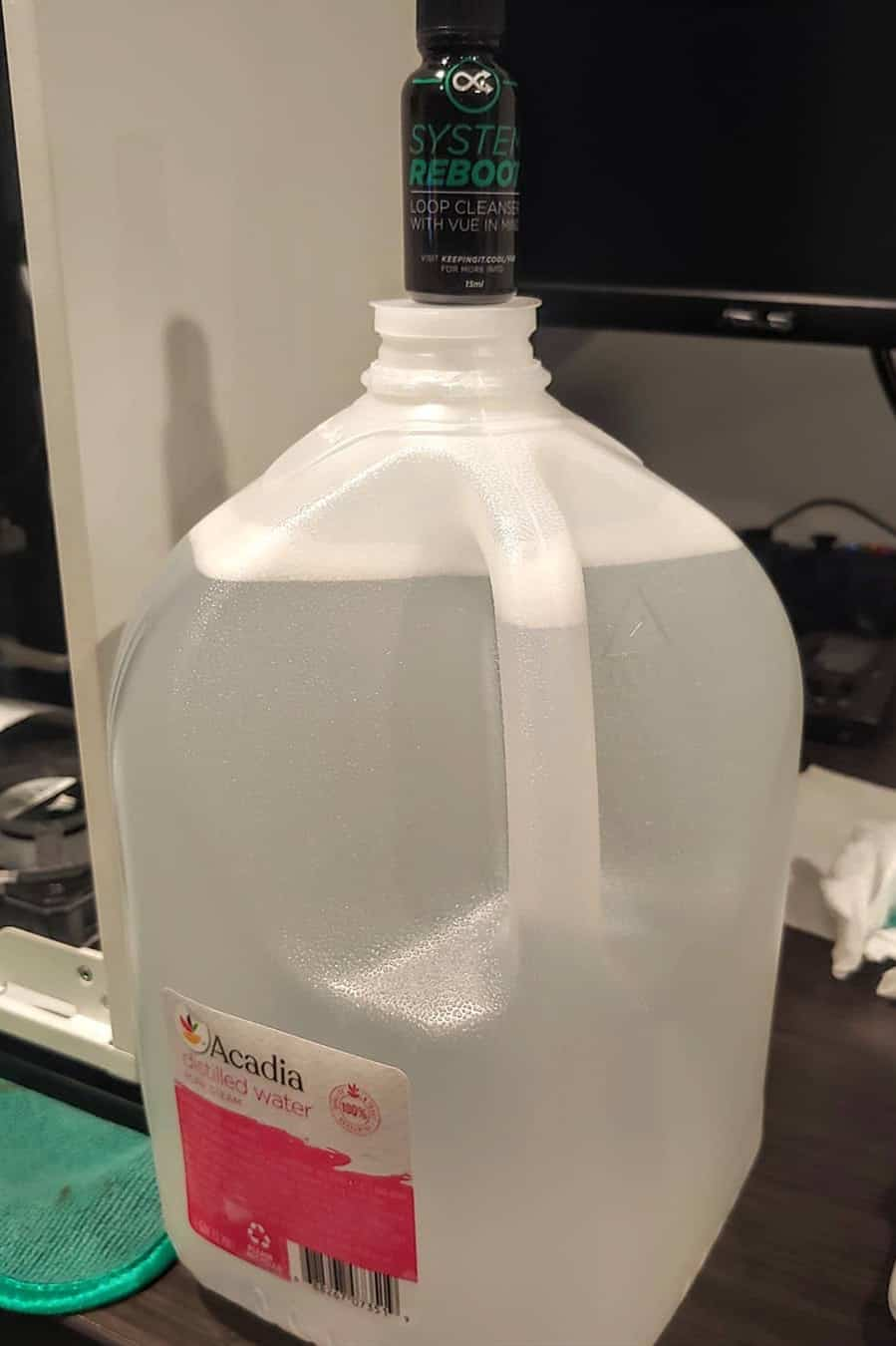 difference between purified and distilled water