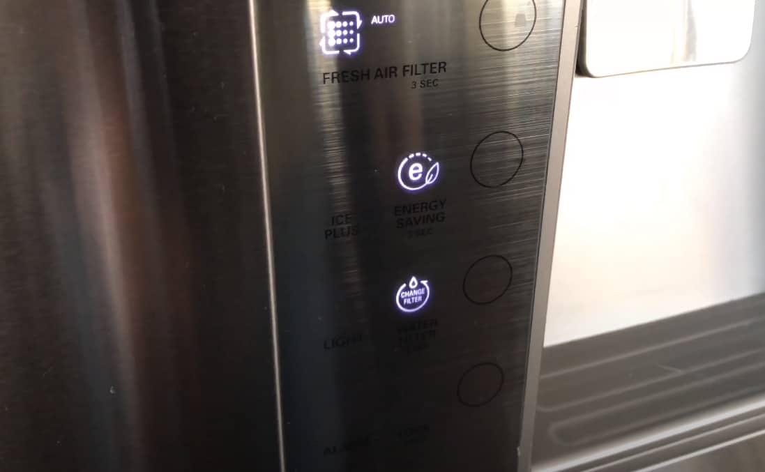 how to replace water filter refrigerator